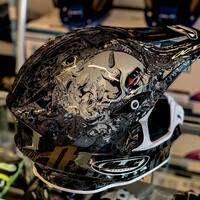 "☠️ ""Art on Helmet"" ☠️   Hjc Rpha X Seeze   #art #helmet #hjc #hjchelmets #hjcrpha #ticino #moto #motorcycle #bikelife #bikersofswitzerland #ciaobiker #motocross #motocrosshelmet #skull"