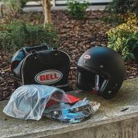 The essential for a cafe racer 🏁  Bell Custom 500 DLX black matt ⚫️  Discover the new collection @bell_powersports  on www.hobbymoto.ch 💻   #ciaobiker #hobbymoto #caferacer #motorcycle #scrambler #bobber #custom #harleydavidson #bratstyle #chopper #moto #cb #japstyle #r #honda #caferacersofinstagram #caferacerporn #caferacers #triumph #custombike #caferacergram #motorbike #bikelife #tracker #biker #ducati #motorcycles #caferacerstyle #bhfyp
