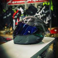 Agv Pista Gp R Carbon. ⚫️ #swissbiker #ciaobiker #agv #agvhelmets #agvpistagpr #carbonara #carbon #ticino #hobbymoto #biker #moto #motorcycle