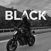 ⚫️ Total black look by @blvck_rider2.0  Thanks for tagging us in your pics!  🇮🇹 condividi anche tu le tue avventure, taggaci nei tuoi post!  🇩🇪 Teile auch deine Abenteuer! 🇫🇷 Partagez aussi vos aventures!  👉 Tag @hobbymotoch #ciaobiker  #motorcycle #bikerlife #bikersofinstagram #bikergang #motorradfahren #motosuisse