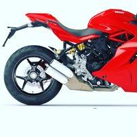 Personalizza la tua moto con gli accessori @highsider_germany 🔴  Ecco un esempio before/after di questa bellissima Ducati Supersport 🔴  Sostituzione porta targa, frecce,luce targa💡 e catarifrangente.  Tutta un'altra moto😎 Vieni in negozio e scopri come personalizzare la tua moto 🏍  #swissbiker #ciaobiker #ducati #ducatisupersport #highsider #customized #ticino #moto #motorcycle #yamaha #honda #motocross #motorbike #bikelife #bike #ktm #r #kawasaki #biker #cc #motolife #motos #instamoto #motorcycles # #ride