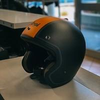 #CiaoBiker! Continuano le super offerte ARAI -40%! ❗️Arai Freeway, casco jet che  svolge le funzioni fondamentali di un casco da motociclista per chi ama prendersela comoda e sperimentare il mondo che li circonda al massimo. Le scorte sono limitate ! 🕜 #ARAI #ARAIhelmets #HobbyMotoCH  #moto #motorcycle #motorrad #motorbike #motorsport #instamoto #bmwmotorrad #instamotogallery #supermoto #motorcyclelife #motor #motorcycles #motolife #motogp #bmwmotorsport #genevamotorshow #instamotorcycle #motocross #mototravel #motorcyclemafia #motorboat #motorboot #triumphmotorcycles #motorbootschule #motorradtour